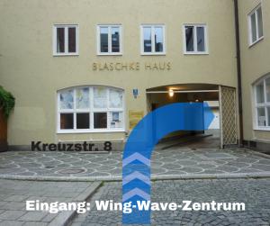 Eingang: Wing-Wave-Zentrum - Redeclb-München