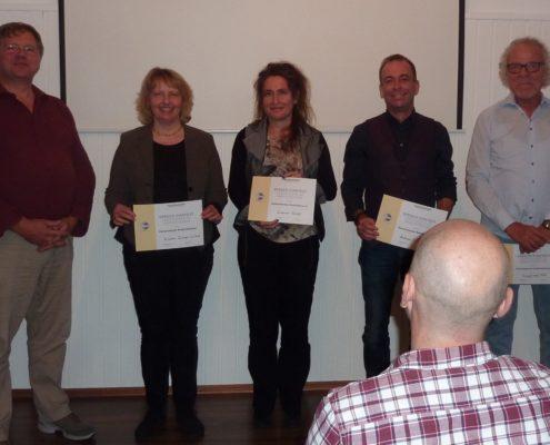 Teilnehmer humoristischen Rede-Wettbewerbs 2017
